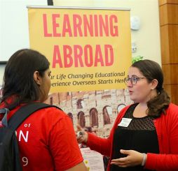 Study_Abroad_Pitch_Party_2017IMG_7345